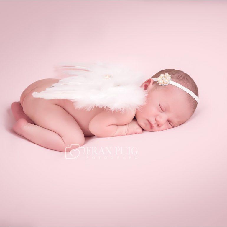 sesion de fotos newborn de Alba, con apenas una semana de vida en Fran Puig Fotografo Crevillente Elx